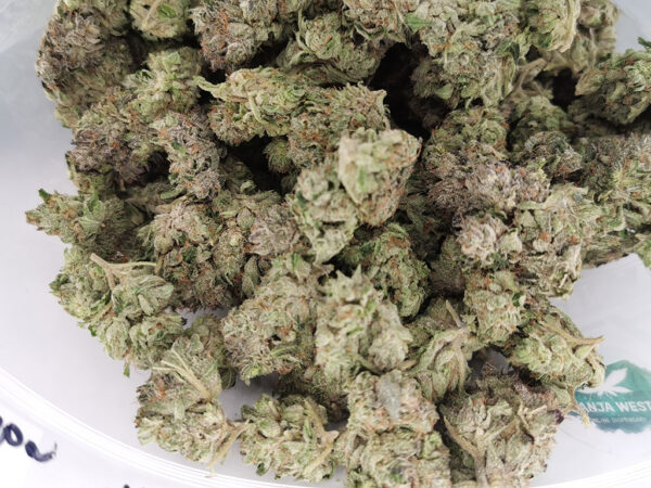white-bubba-aaaa-wholesale-ganjawest
